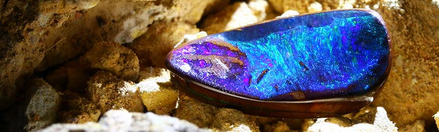 Boulder-Opal