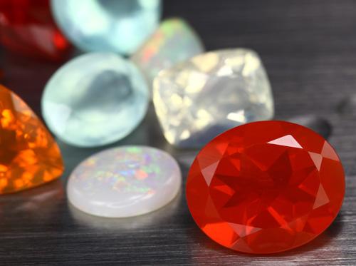 verschiedene Opal-Varietäten