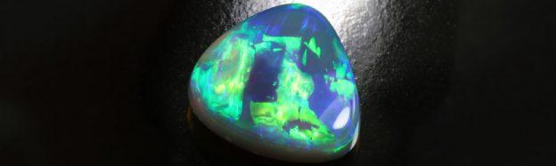 Lightning Ridge-Schwarzer Opal