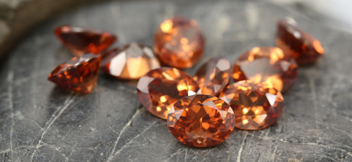Orange Mashewa-Zirkone - Edelsteinpremiere