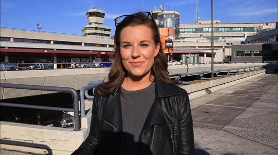 Hannah am Flughafen Berlin-Tegel