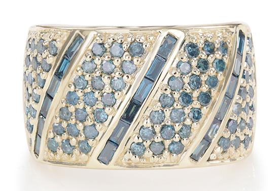 Himmelblauer Diamant-Goldring