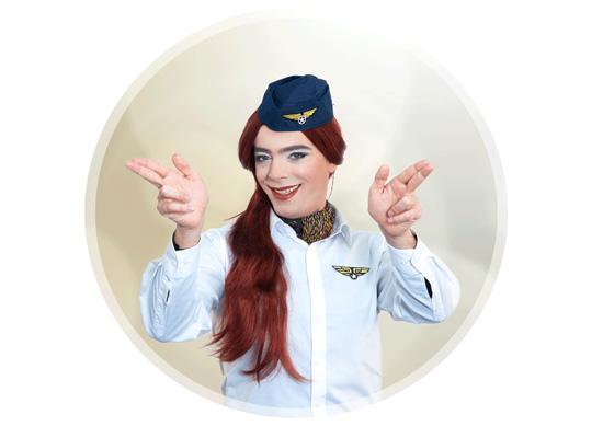 Na, wie heißt diese hübsche Stewardess?
