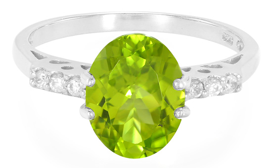 Einer von vielen Peridots im Online-Shop - Mandschurischer Peridot-Silberring
