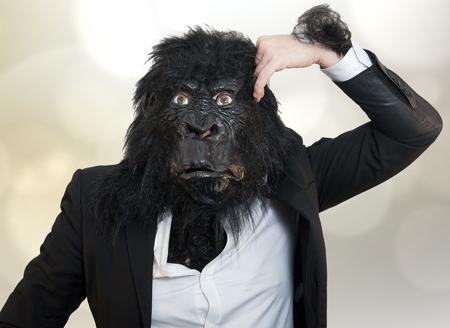 Gruseliger Gorilla
