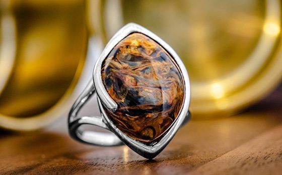 Goldener Pietersit-Silberring