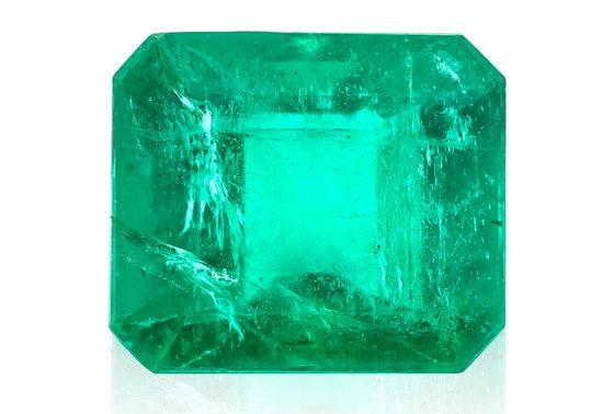 Sambia-Smaragd mit charakteristischen Einschlüssen